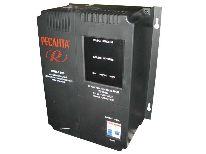 Цифровой стабилизатор напряжения Ресанта СПН-2500